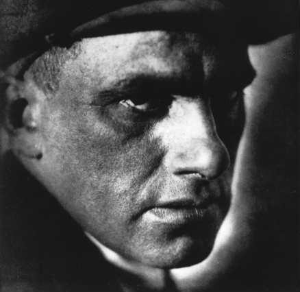 vladimir maïakovski,poète,la punaise,les bains